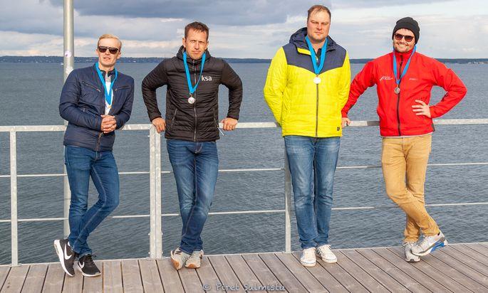 Saaremaa Merispordi Seltsi meeskond - Henri Tauts, Juhan Kolk, Tõnis Juursalu, Erki Riim (Risto Riim, Aksel Artus) Foto autor: Piret Salmistu