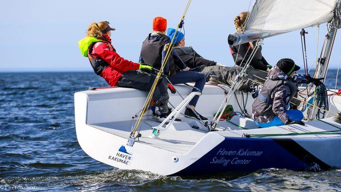 Tallinna Jahtklubi teine võistkond Sweet Chilli Mari-Ann Rauaga roolis FOTO: Piret Salmistu