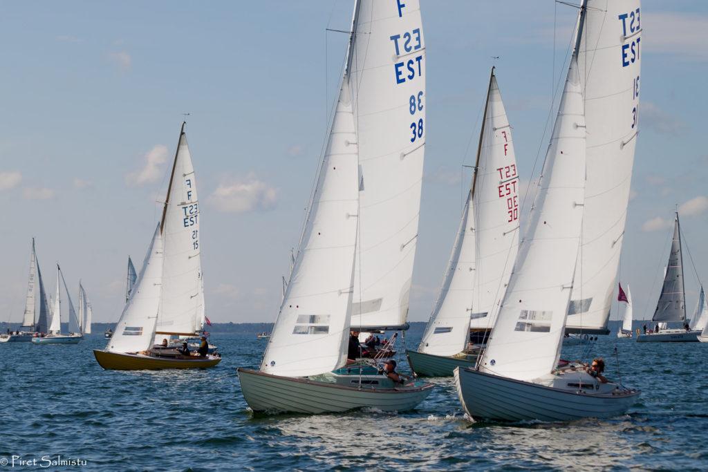 Folkbootide grupis oli Kihnu-Pärnu etapi võitja Kalevi Jahtklubi jaht Linda Pertti Neeroga roolis. Foto Piret Salmistu