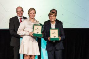 Anne-Marie Rindom ja Marco Gradoni Rolex aasta purjetaja auhindu vastu võtmas. Foto autor: World Sailing
