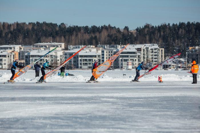 Slaalomi märgivõtt Foto: Tuukka Luukkonen (Rautiosports)