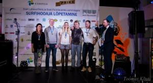 TT:R klassi medaliomanikud - vasakult alates: Jane Aluve, Madis Kallas, Kerli Otti, Kaur Filippov, Martti Ainola - ning õhtujuht Marek Sadam. Foto autor: Toomas Kõuts